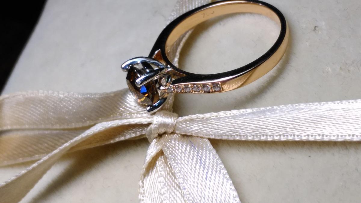3 lucruri de care să ții cont când cauți un inel de logodnă